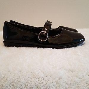 Smart Fit Black Flats